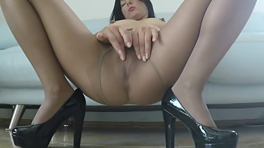 MILF`s Nylon Pantyhose Play