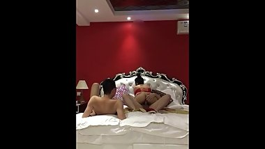 Amateur Chinese Milf Cuckold Threesome