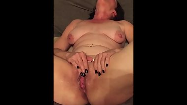 Hot mom squirts